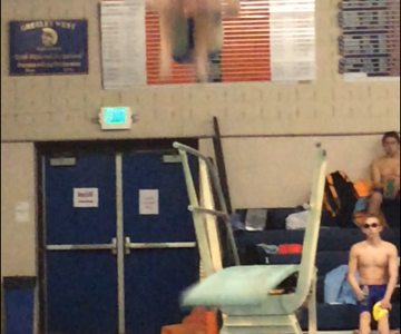 Swimmers qualify for state against Loveland