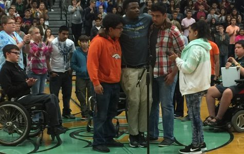 Guest speaker drives students to 'make history'