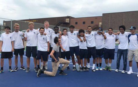 Boys tennis ends losing streak to Central