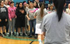 Girls basketball team honors Brentwood teacher on 'Pink Night'