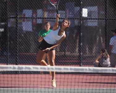 Girls tennis team fails to win at state tourney