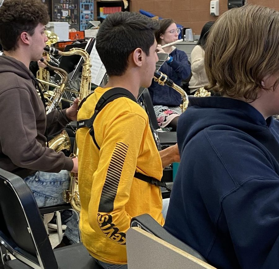 Junior+Caleb+Sandoval+plays+with+the+Greeley+West+band+during+class+last+week.++Sandoval+will+be+a+first-chair+at+All-City+Band+in+February.++
