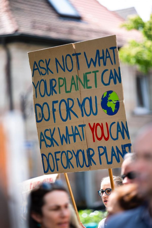 Climate+change+is+real+-+but+you+don%27t+have+to+protest+or+radically+change+your+lifestyle.++Changing+your+diet+can+make+a+huge+difference.+